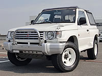 Modified, But Good on Fuel, max 170km/h!, but 9 to 13km per 1Litter Diesel fuel! Amazing performance, utility, economy, powerful JDM RHD Pajero V23C Jtop model MONKY'S INC